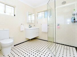 Earlwood-Second-Storey-Addition-Bathroom