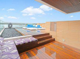 Luxury-home-retreat-deck