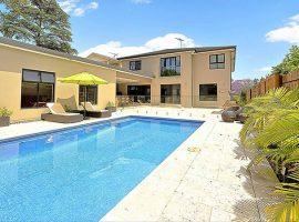 New-Luxury-pool-Watson2